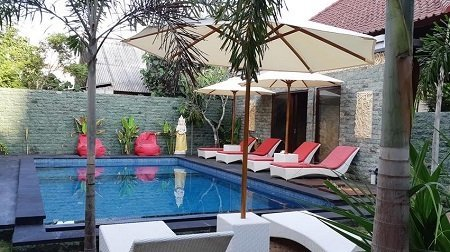 Budget accommodation swimming pool at legend diving lembongan