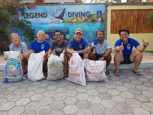 Team clean up at Legend Diving